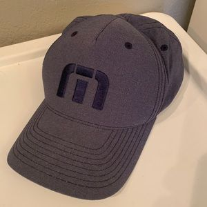 XL Travis Mathew hat